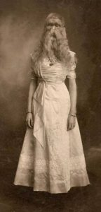 Alice-E.-Doherty.-Her-stage-name-was-The-Minnesota-Woolly-Baby.-481x1000