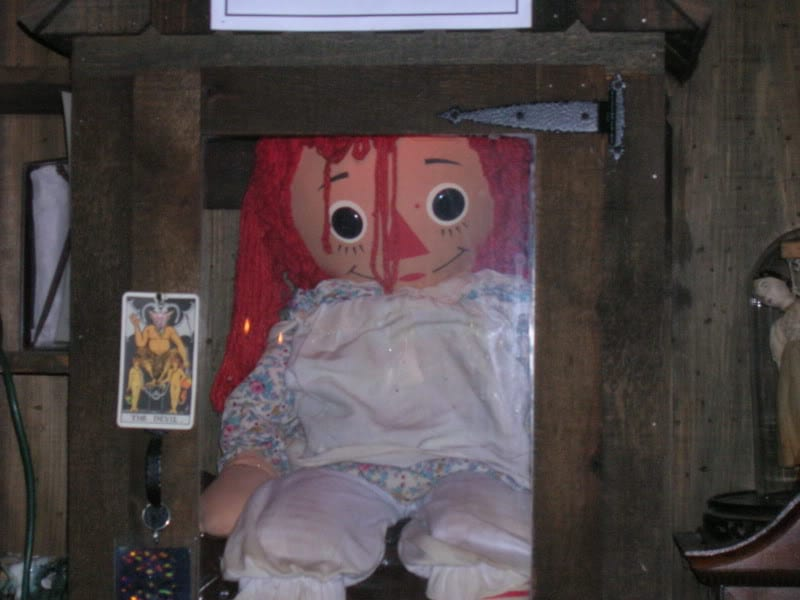 Annabelle Puppe Museum
